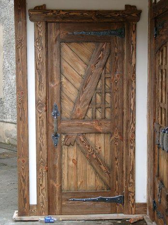 Дверь под старину ДП 1002